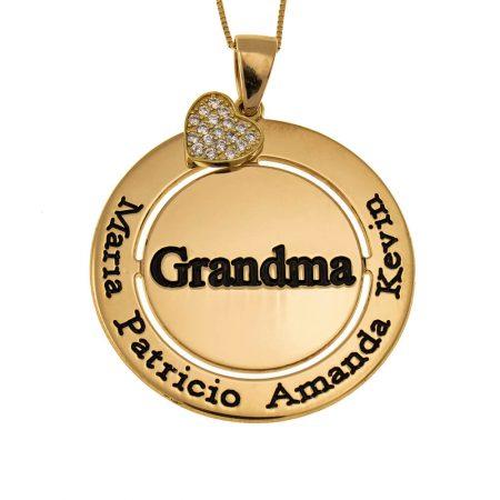 Collana a Cerchio e Cuore Integrato Brillante per la Nonna